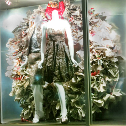 Cool Environmentally Friendly Window Display 171 Clothes